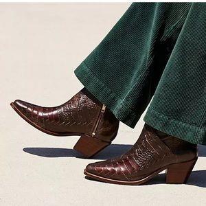 FP Emmett Western Leather Boots
